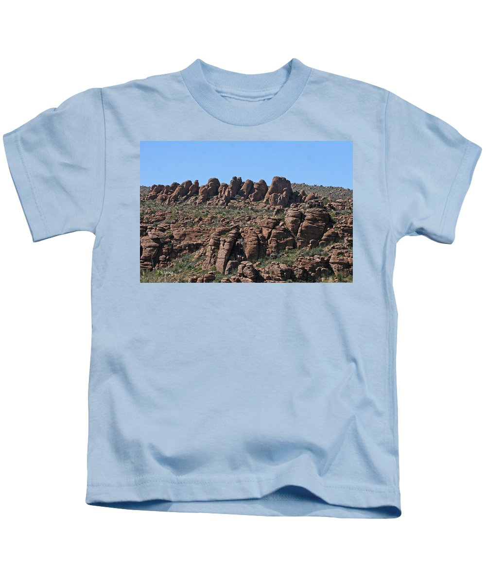 Devils Canyon Arizona Kids T-Shirt featuring the photograph Devils Canyon Arizona by Tom Janca