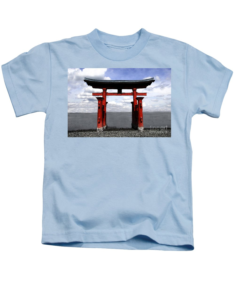 Japan Kids T-Shirt featuring the photograph Dreaming In Japan by David Lee Thompson