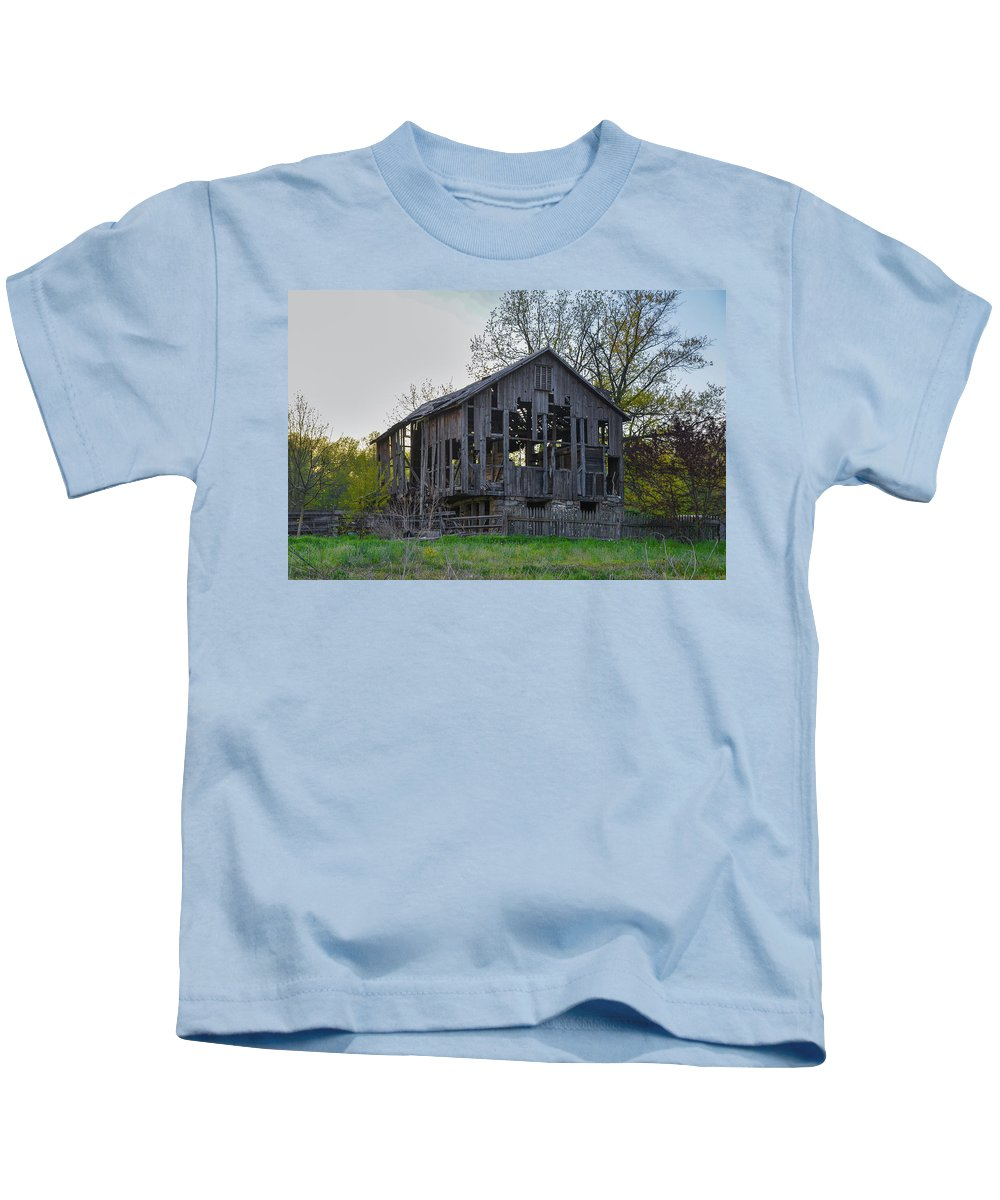 Falling Kids T-Shirt featuring the photograph Falling Apart by Bill Cannon