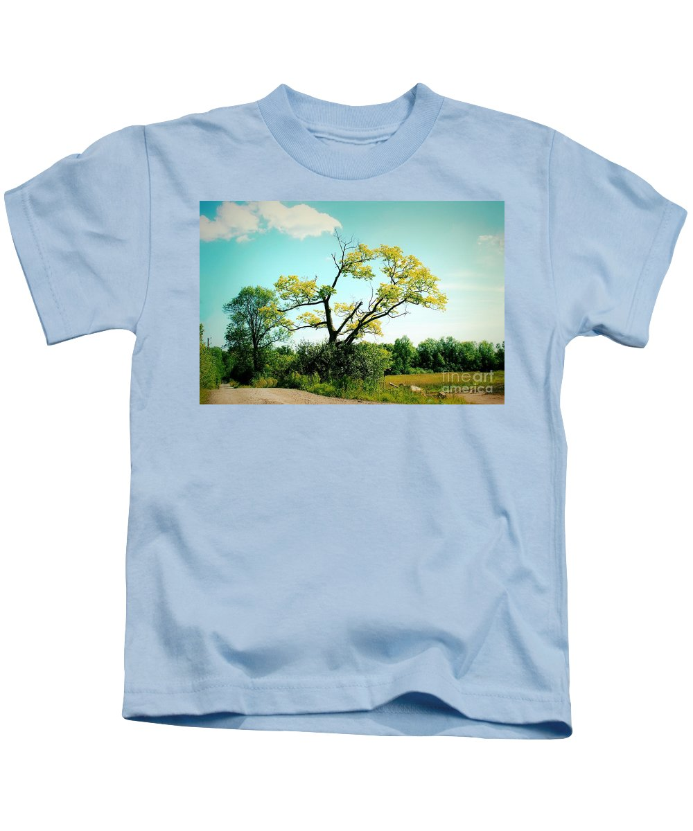 Retro Kids T-Shirt featuring the photograph For A Moment - 02a by Variance Collections