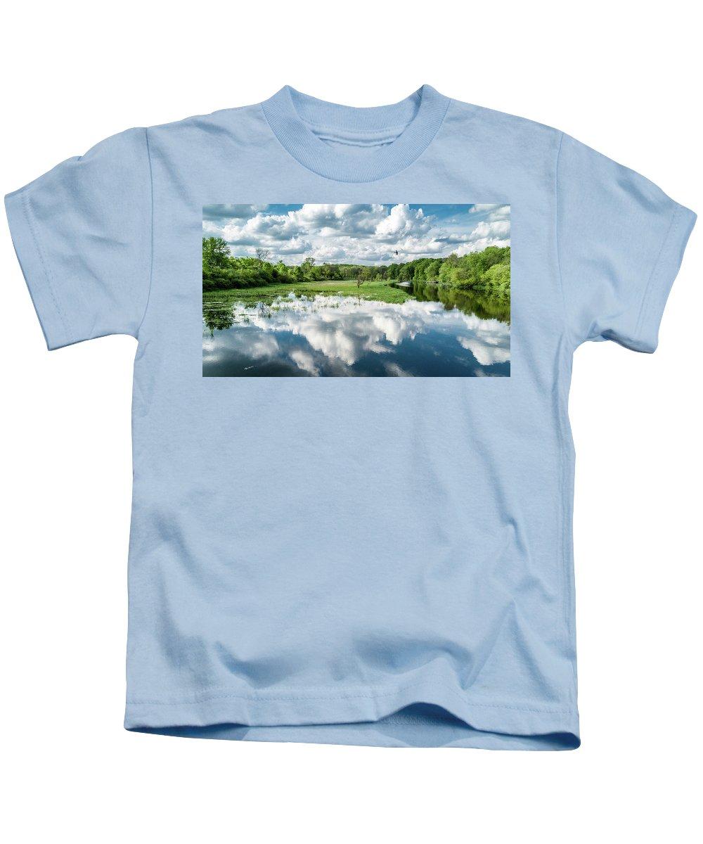 2017 Kids T-Shirt featuring the photograph Fox River by Randy Scherkenbach