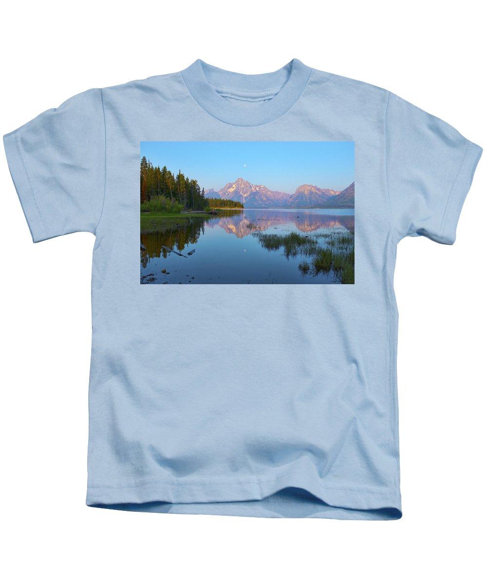 Jackson Kids T-Shirt featuring the photograph Heron On Jackson Lake by Hugh Smith