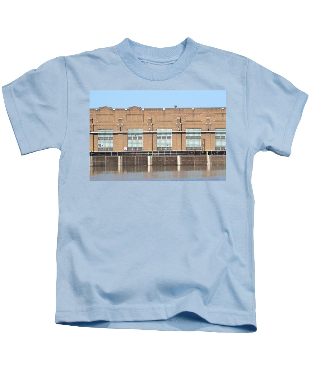 Rock Island Arsenal Power Plant Kids T-Shirt featuring the photograph Hydro Electric Power by Tammy Mutka