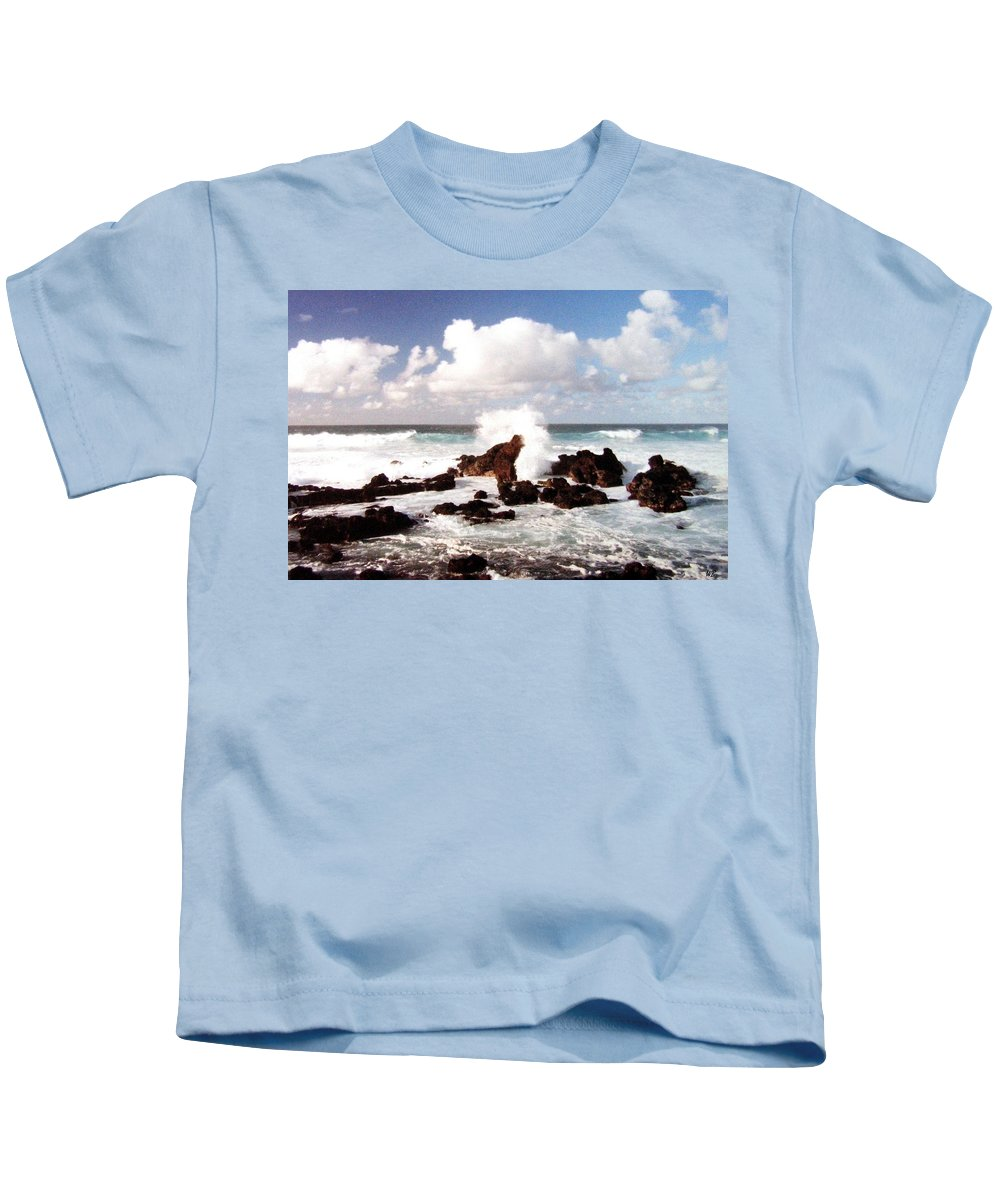 1986 Kids T-Shirt featuring the photograph Keanae Peninsula by Will Borden