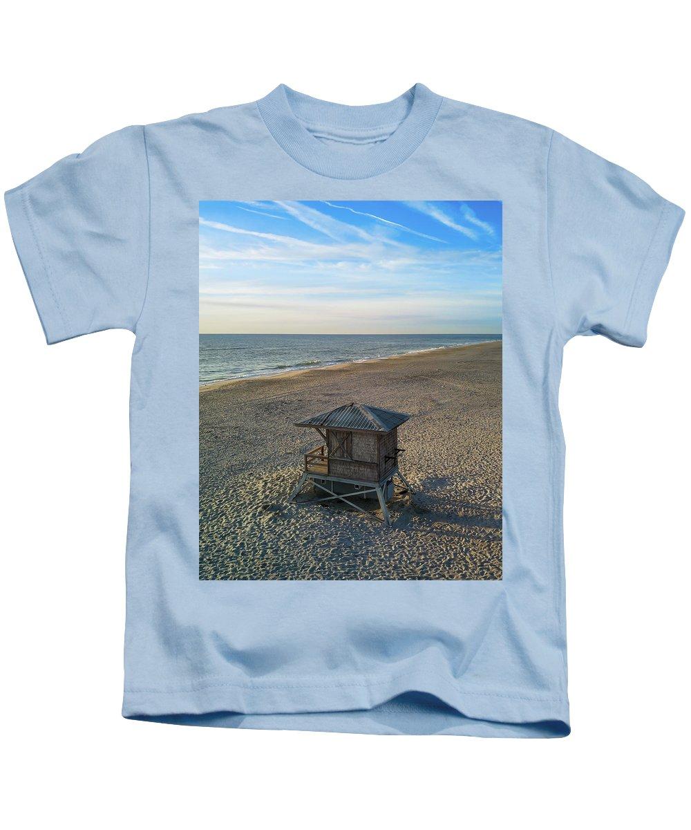 Assateague Island Kids T-Shirt featuring the digital art Lifeguard Hut by Richard Jarcy