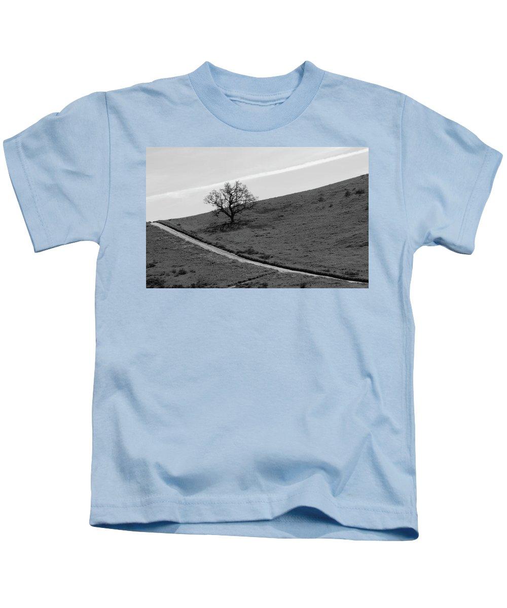 Oak Kids T-Shirt featuring the photograph Lone Oak by Erin Donalson