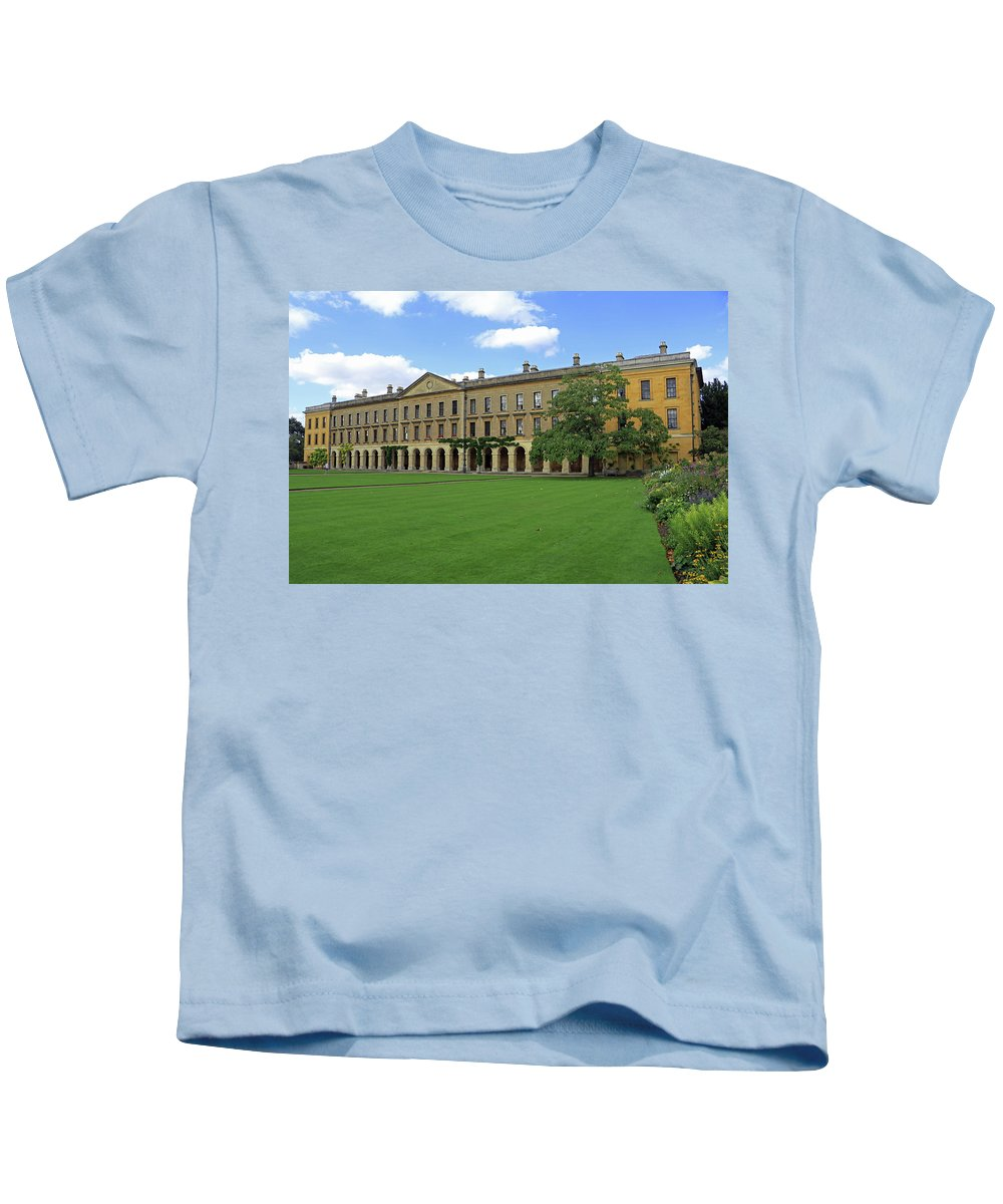 Magdalen New Building Kids T-Shirt featuring the photograph Magdalen New Building by Tony Murtagh