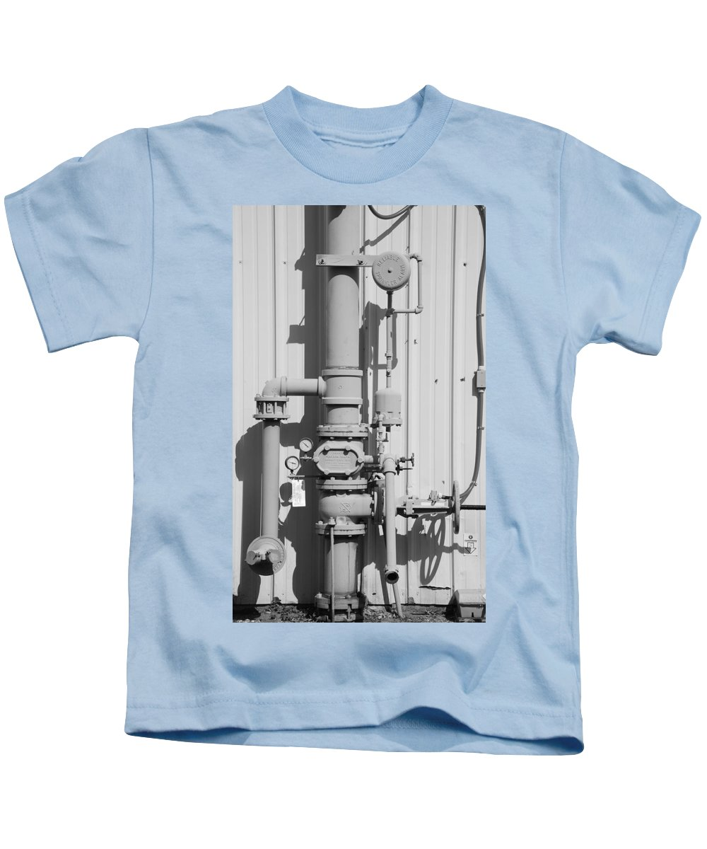 Black And White Kids T-Shirt featuring the photograph Mechanical Doo Dad by Rob Hans