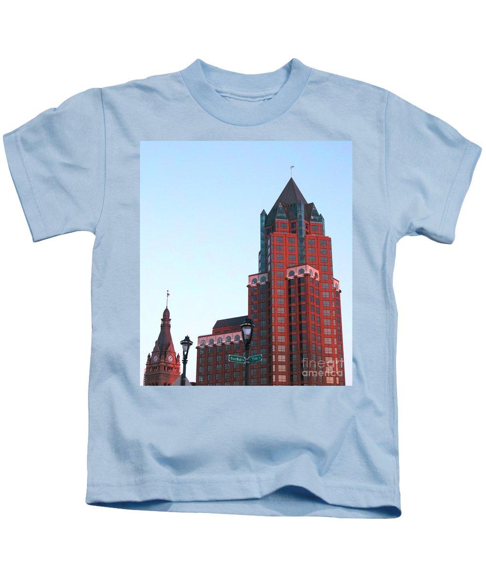 Milwaukee Kids T-Shirt featuring the photograph Milwaukee Sundown by Ann Horn