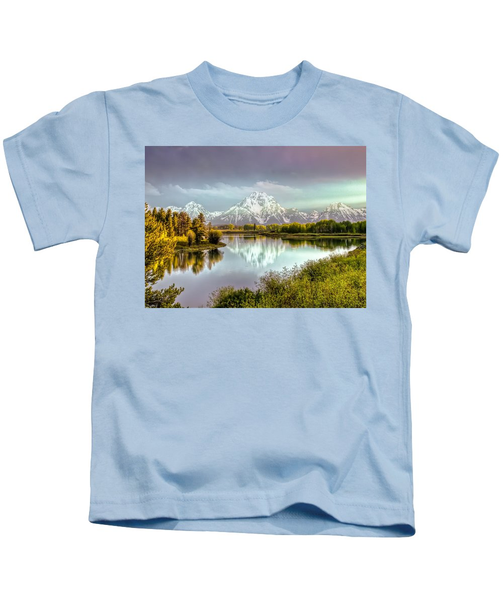 Wyoming Kids T-Shirt featuring the photograph Oxbow Bend by Virginia Kickle