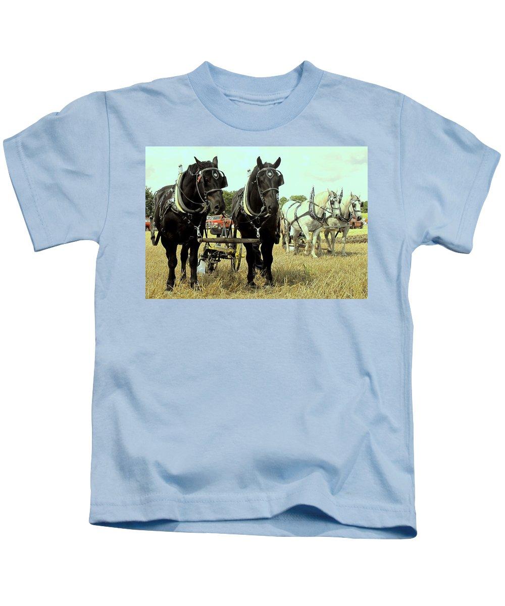 Horse Kids T-Shirt featuring the photograph Posing by Ian MacDonald