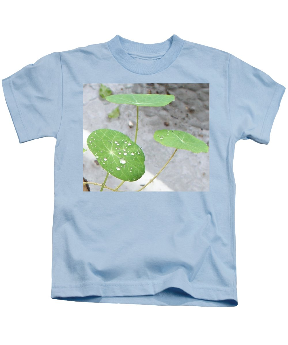 Floral Kids T-Shirt featuring the painting Raindrops On A Nasturtium Leaf by Eric Schiabor