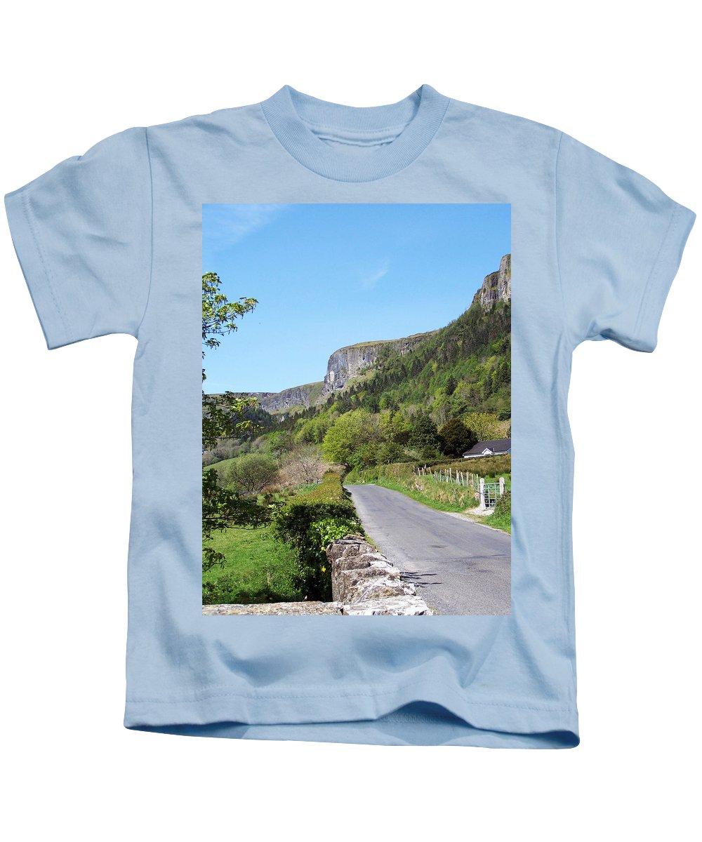 Irish Kids T-Shirt featuring the photograph Road To Benbulben County Leitrim Ireland by Teresa Mucha