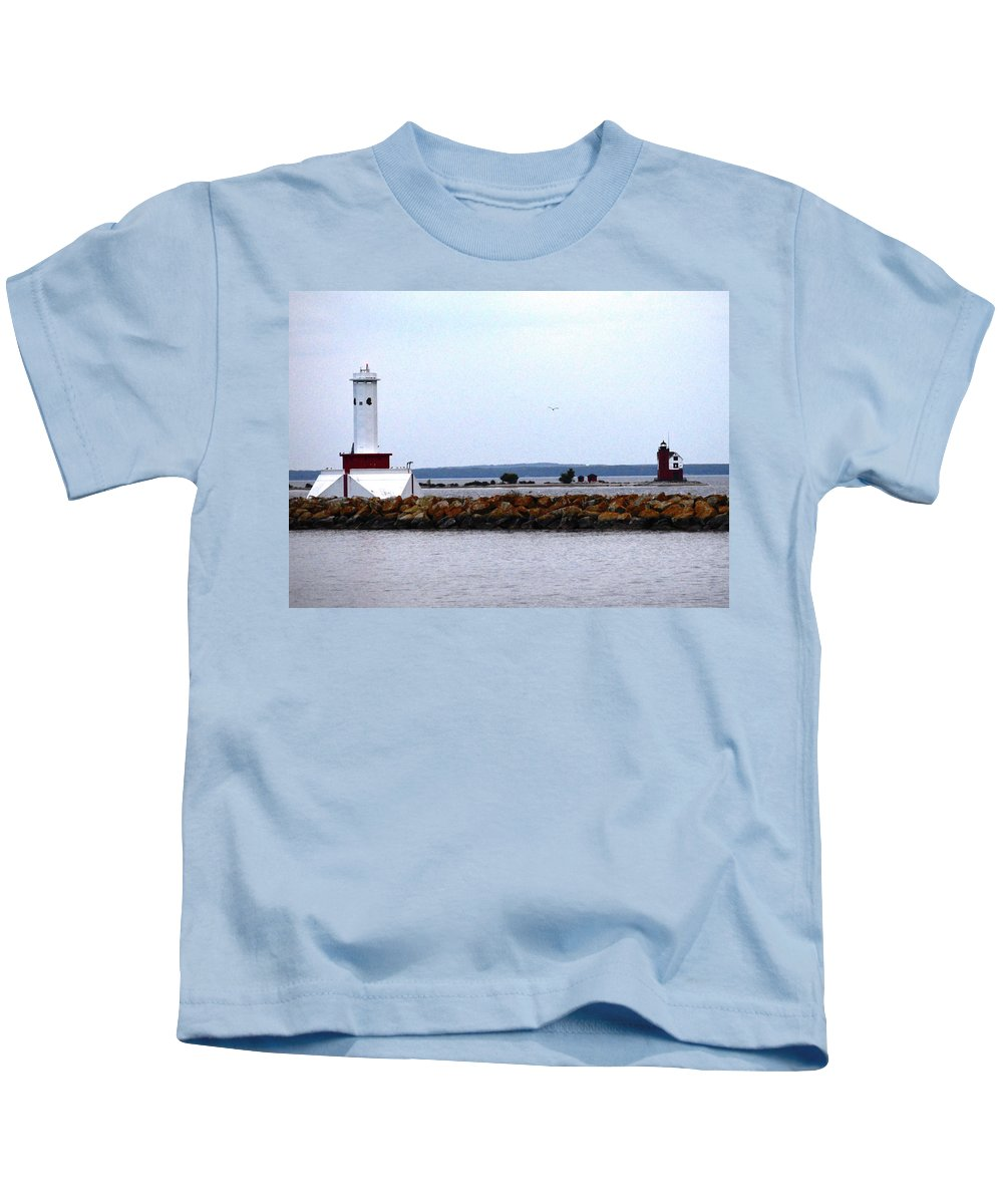 Pat Kids T-Shirt featuring the photograph Round Island Lights by Pat Turner