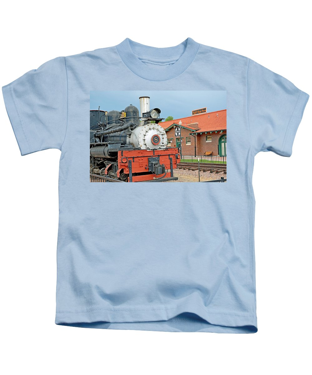 Royal Gorge Kids T-Shirt featuring the photograph Royal Gorge Train And Depot by Robert Meyers-Lussier