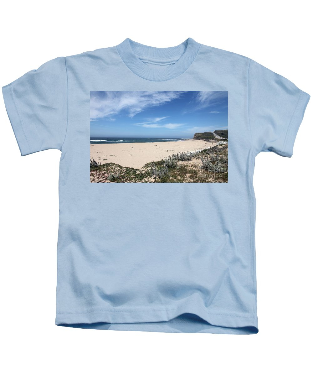 Beaches Kids T-Shirt featuring the photograph Scott Creek Beach Hwy 1 by Amanda Barcon