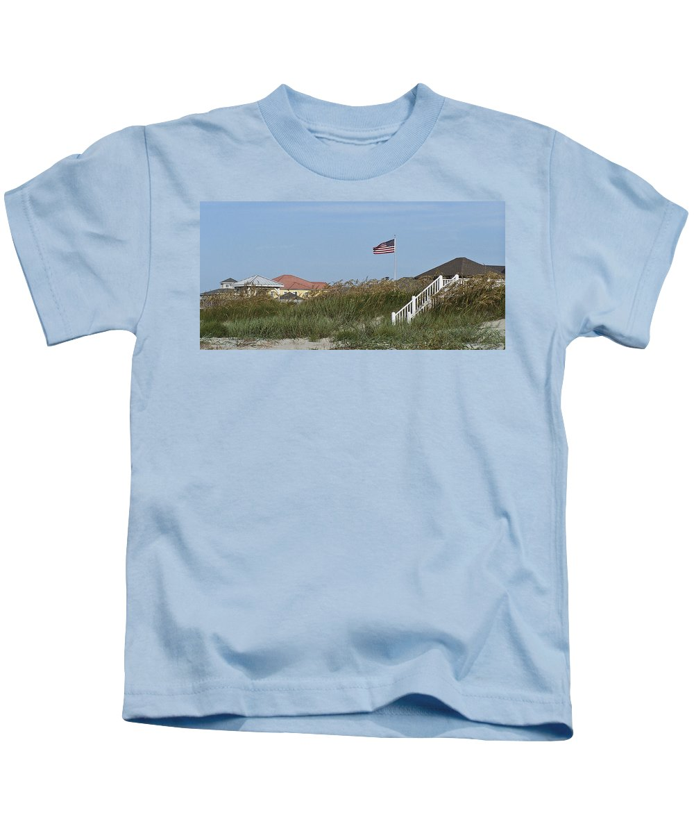 Ocean Kids T-Shirt featuring the photograph Seaside Patriotism by Teresa Mucha