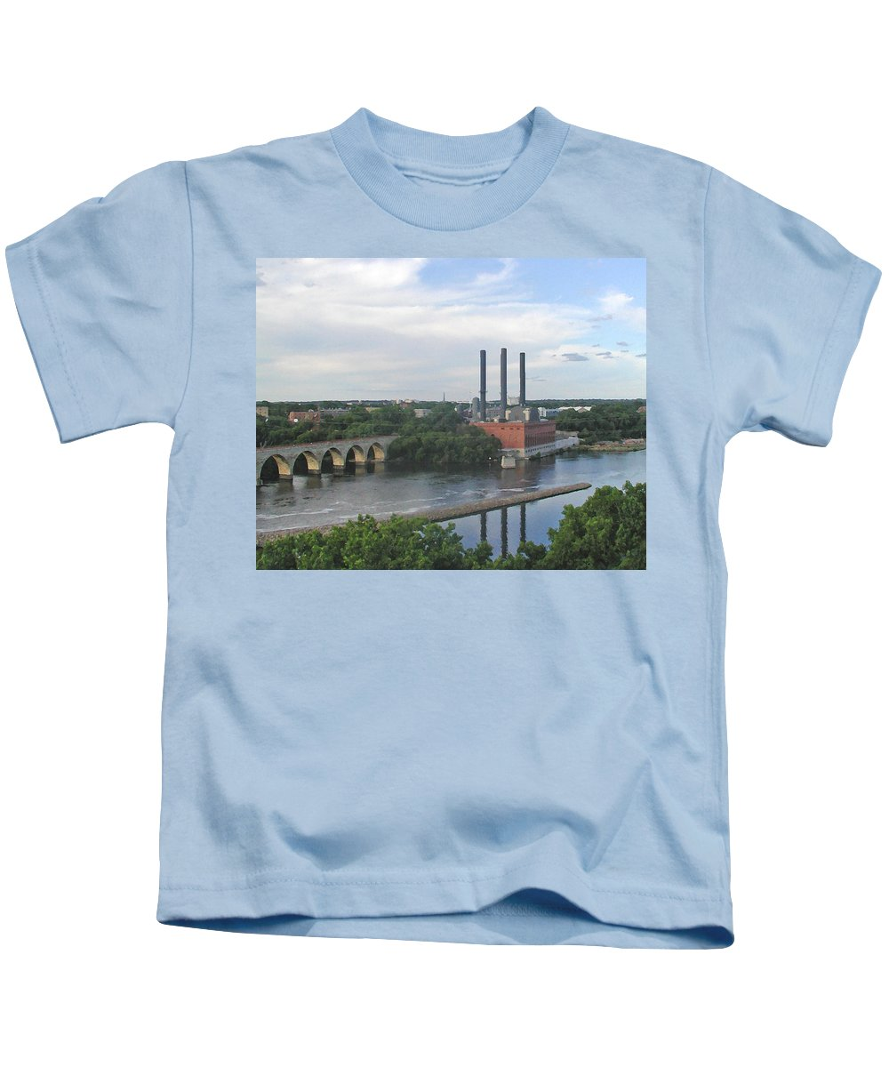 Minneapolis Kids T-Shirt featuring the photograph Smokestacks On The Mississippi by Tom Reynen