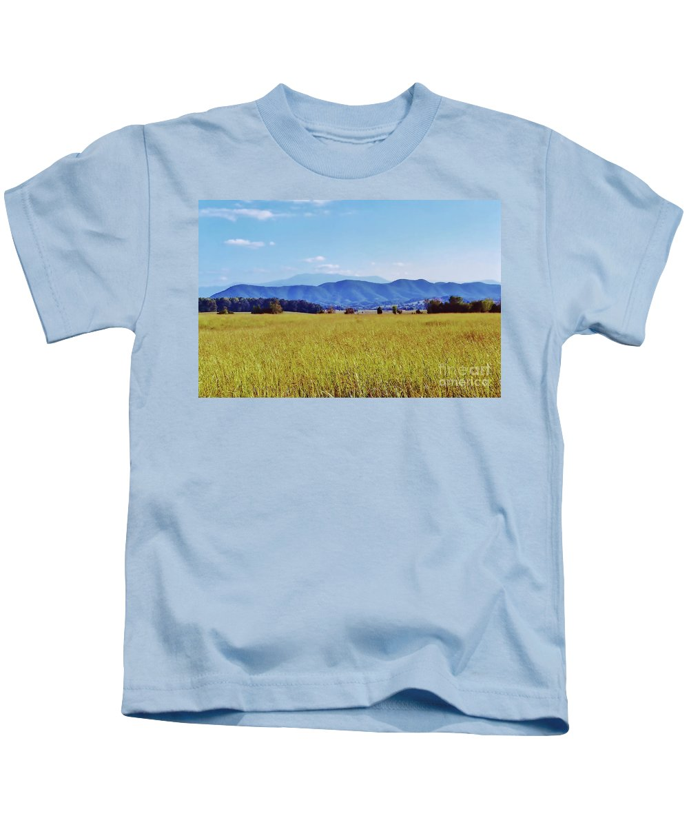 Smoky Mountains Kids T-Shirt featuring the photograph Smoky Mountains by D Hackett