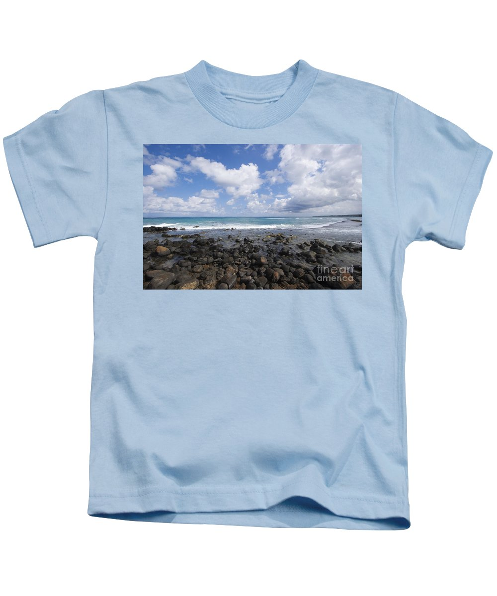 Beach Kids T-Shirt featuring the photograph Spreckelsville, Rocky Shoreline by Ron Dahlquist - Printscapes