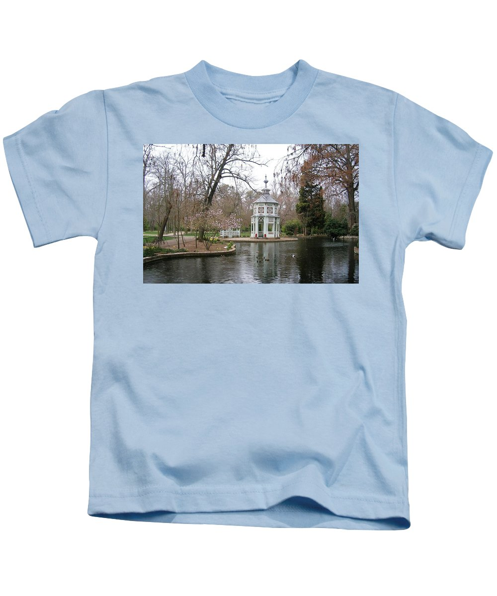 Landscape Kids T-Shirt featuring the photograph Spring In The Aranjuez Gardens Spain by Valerie Ornstein