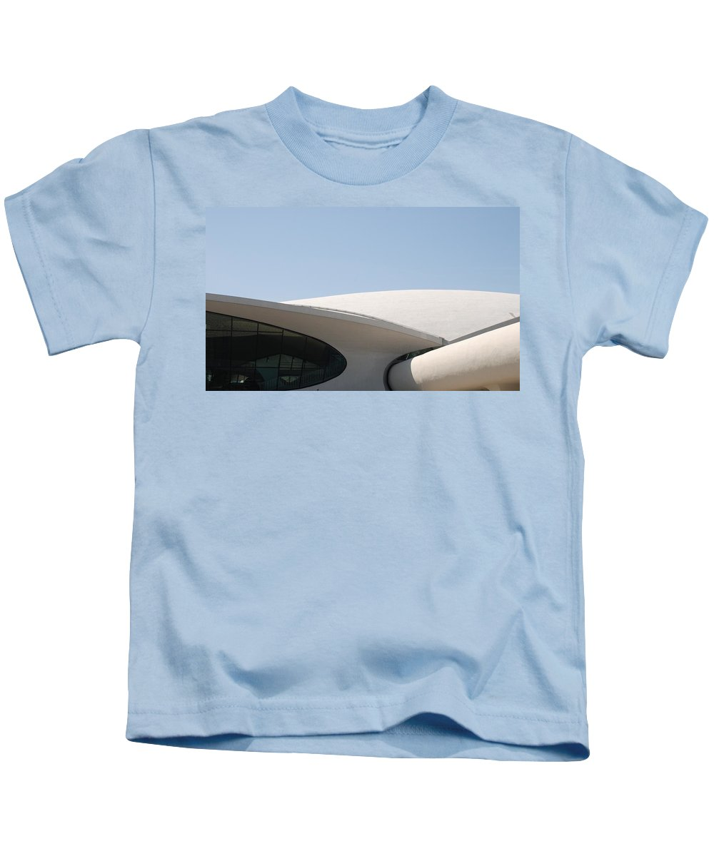 Architecture Kids T-Shirt featuring the photograph T W A Terminal by Rob Hans