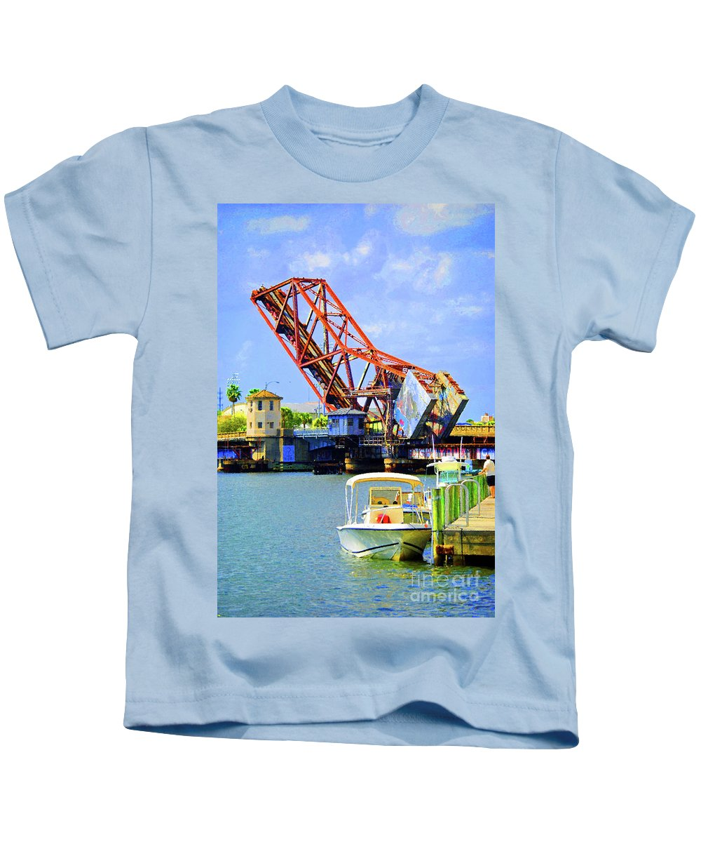 Tampa Kids T-Shirt featuring the photograph The Drawbridge by Jost Houk
