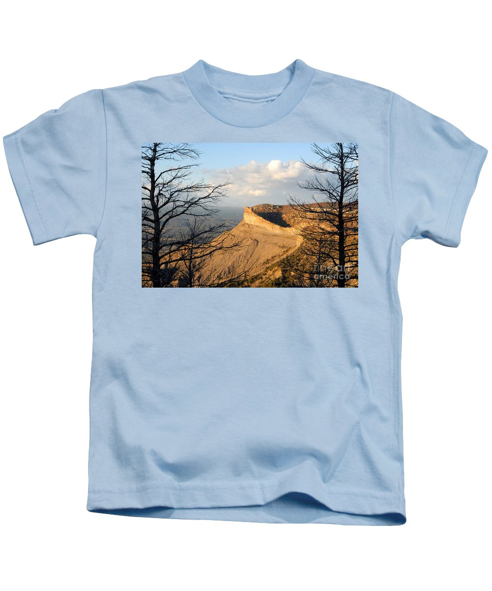Mesa Kids T-Shirt featuring the photograph The Great Mesa by David Lee Thompson