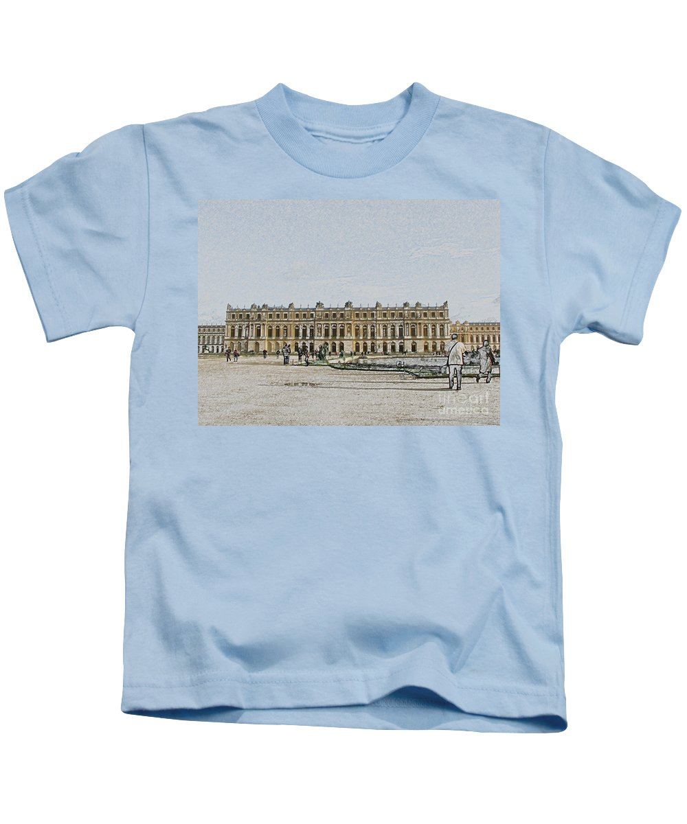 Palace Kids T-Shirt featuring the photograph The Palace Of Versailles by Amanda Barcon