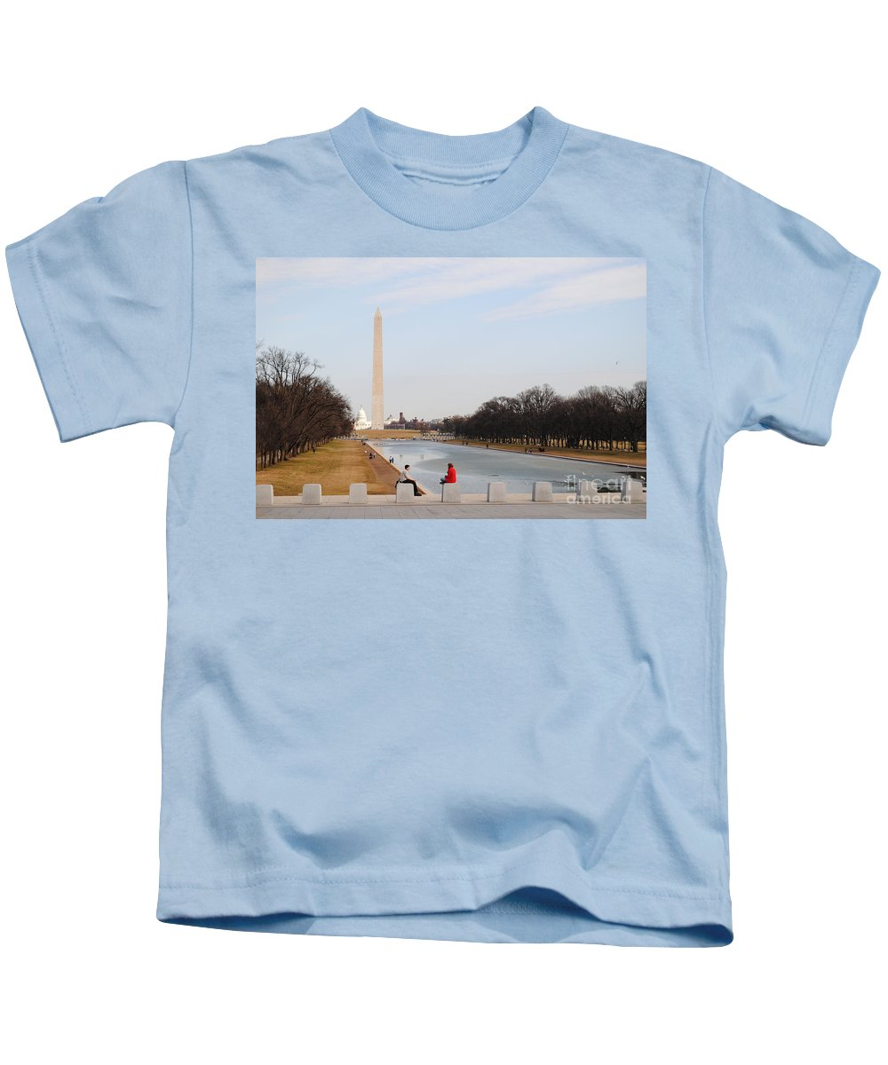 Washington Kids T-Shirt featuring the photograph The Red Coat by Jost Houk