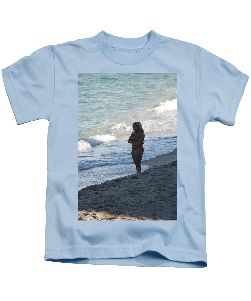Sea Scape Kids T-Shirt featuring the photograph The Thinking Women by Rob Hans