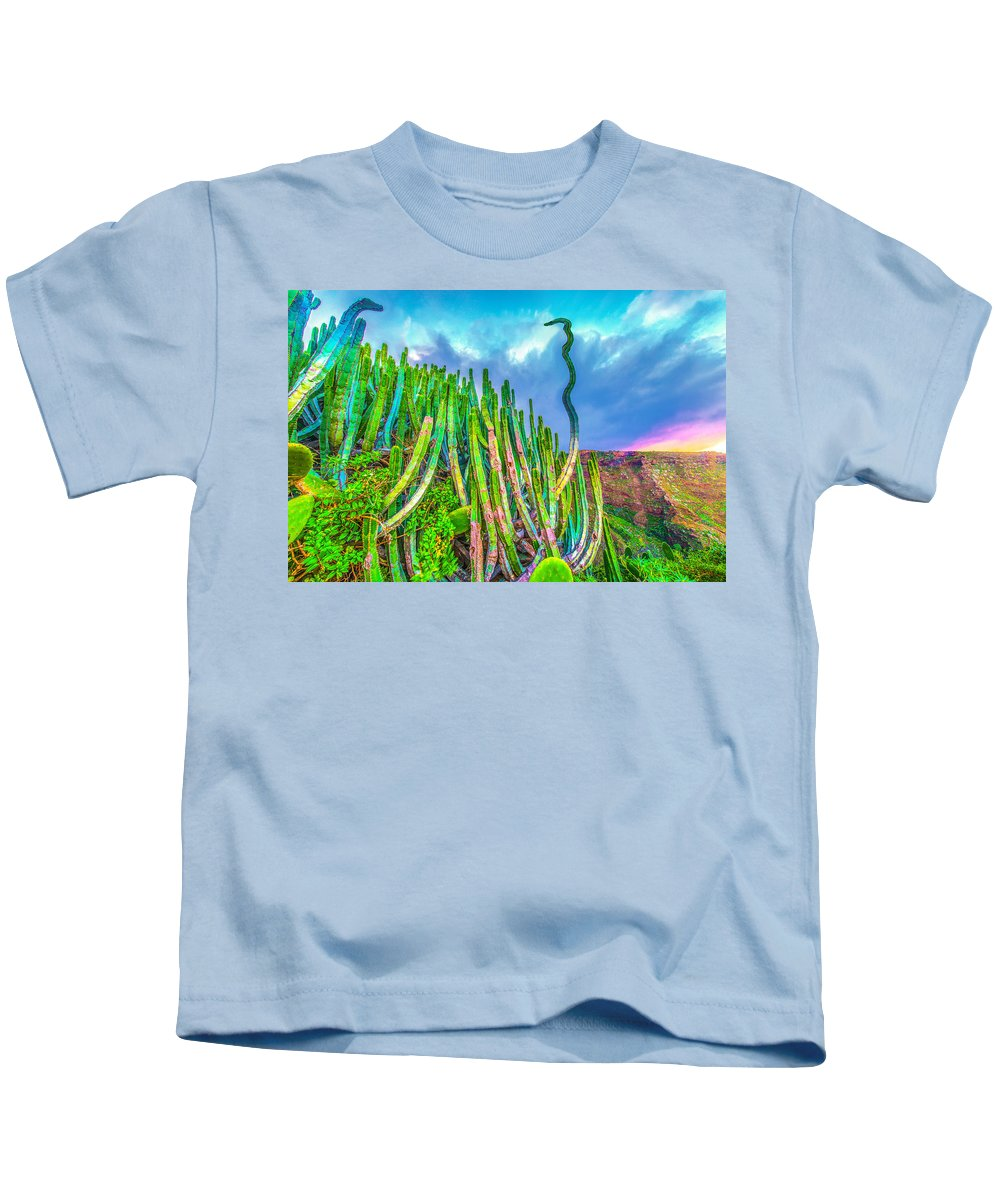 La Palma Kids T-Shirt featuring the photograph Top Discussion by Jean-luc Bohin