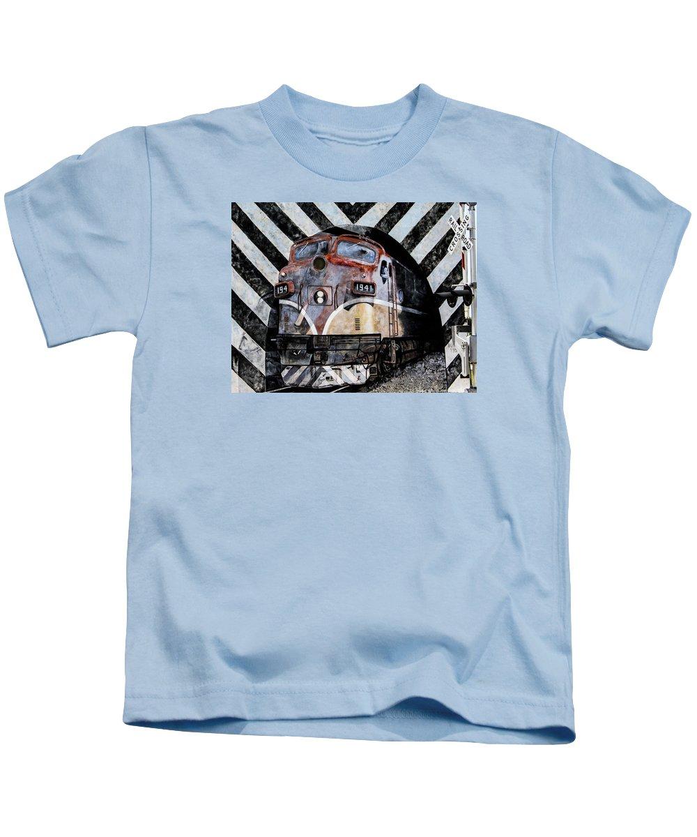 Graffiti Art Kids T-Shirt featuring the photograph Train Mural by Karen Hanley Colbert