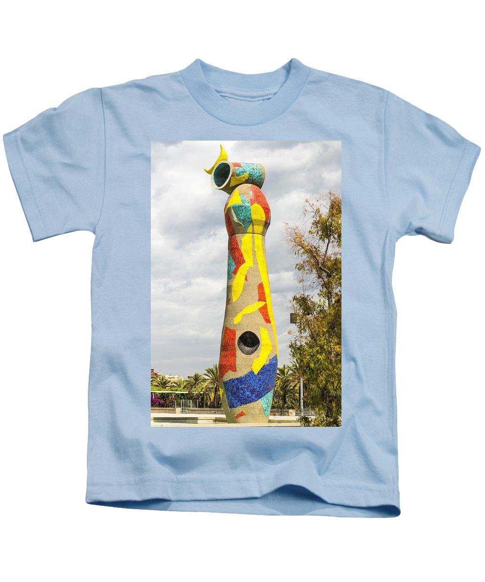 Barcelona Kids T-Shirt featuring the photograph Woman And Bird Statue - Barcelona Spain by Jon Berghoff
