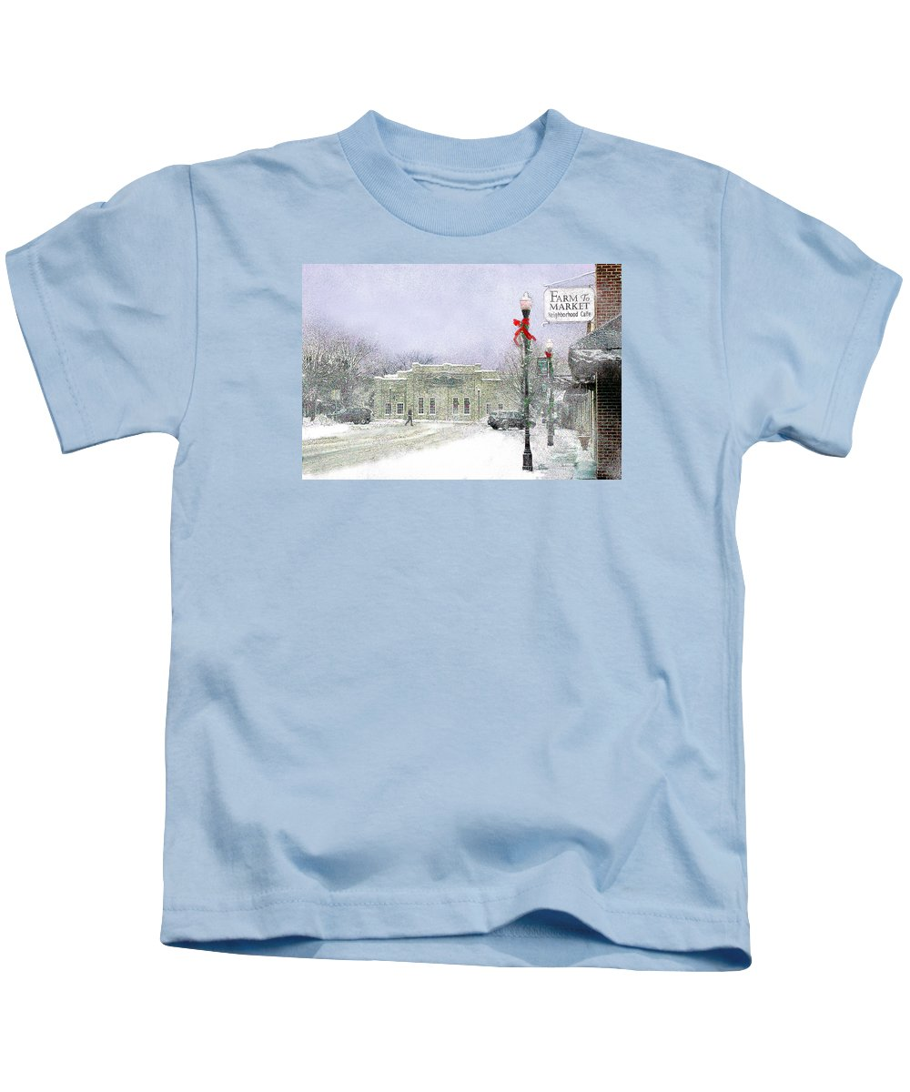 Snow Scene Kids T-Shirt featuring the photograph Strang Car Barn in Winter by Steve Karol