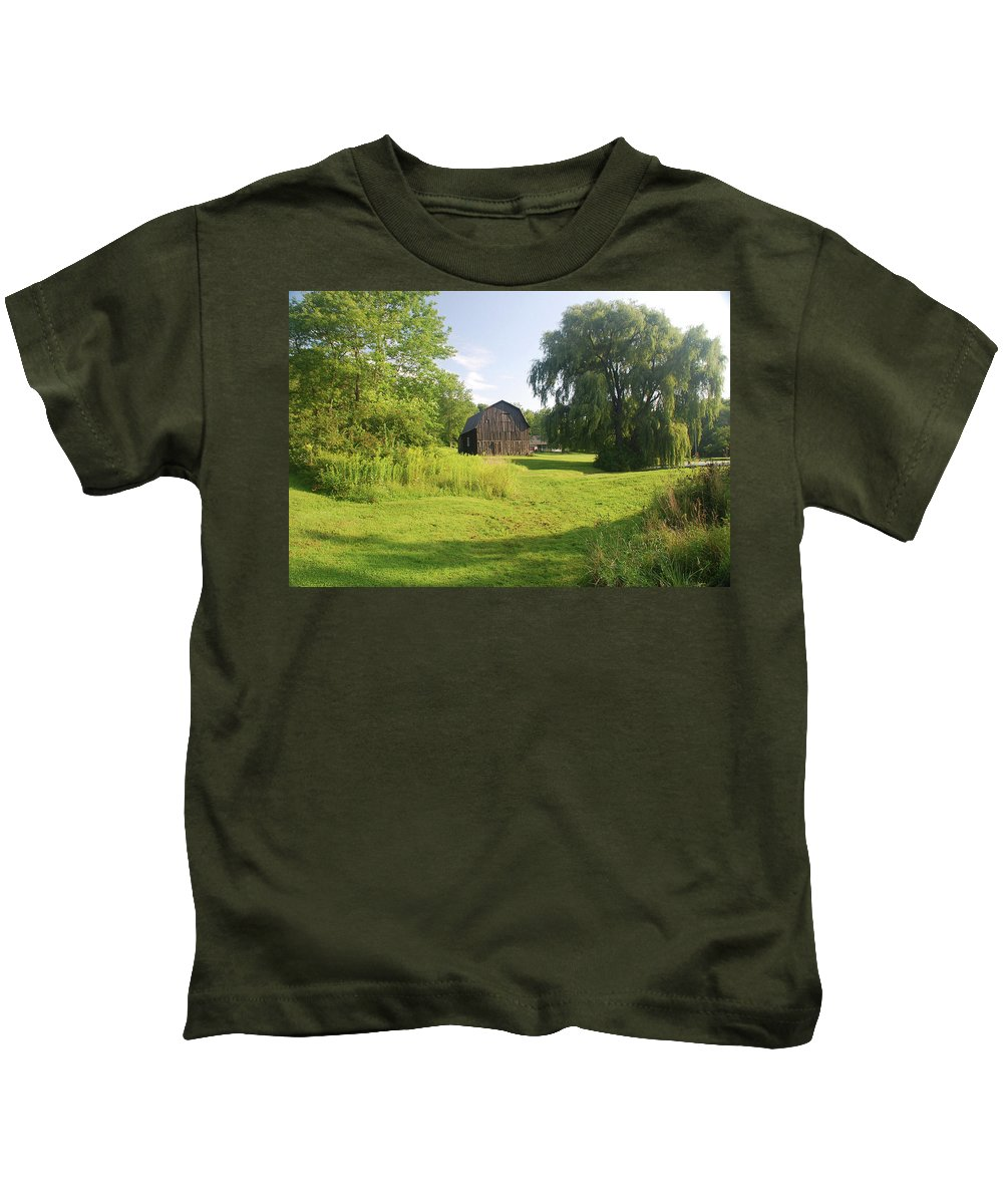 Barn Kids T-Shirt featuring the photograph Evergreen Trails 7523 by Guy Whiteley