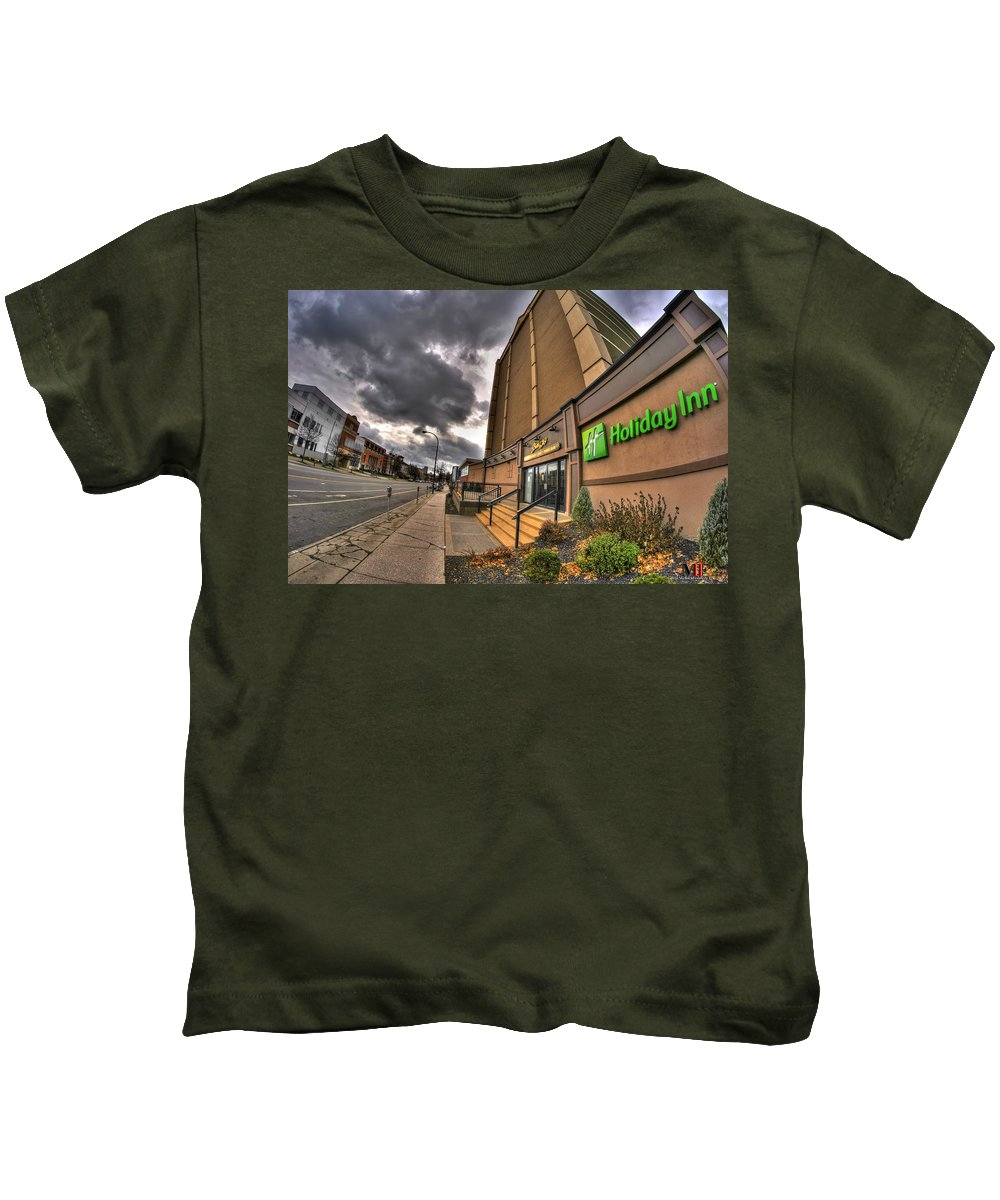 Michael Frank Jr Kids T-Shirt featuring the photograph 0011 Holiday Inn On Delaware Ave Buffalo Ny by Michael Frank Jr