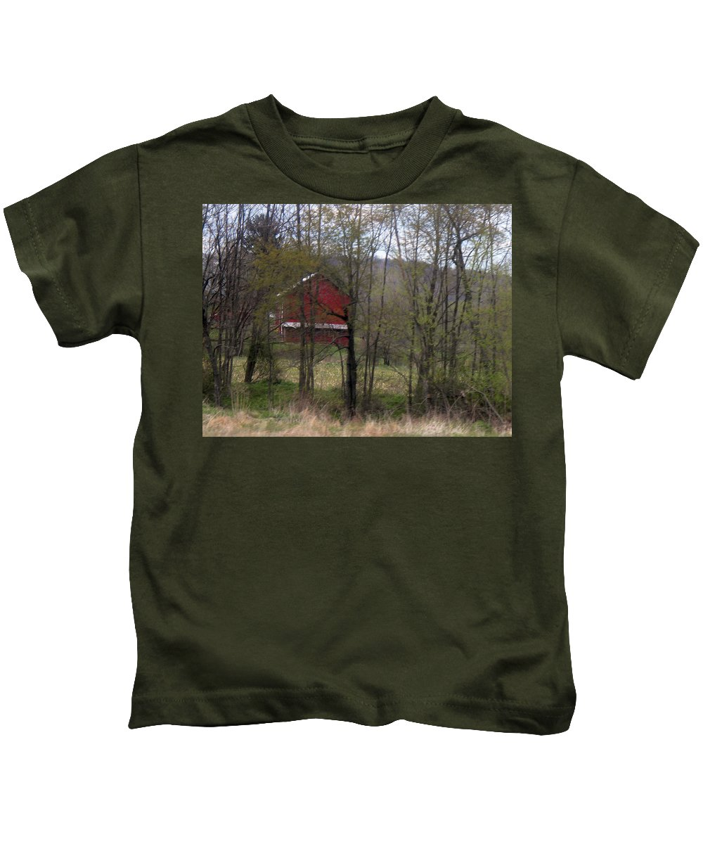 Large Red Barn Canvas Pints Kids T-Shirt featuring the photograph   Red Country Barn by R A W M