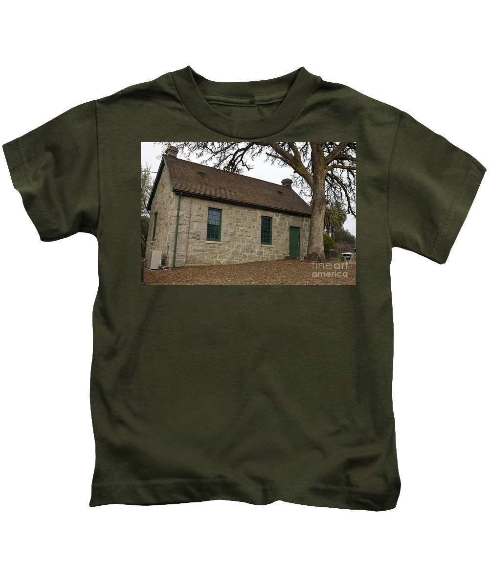 Travel Kids T-Shirt featuring the photograph Griffith Quarry Park And Museum Penryn California by Jason O Watson