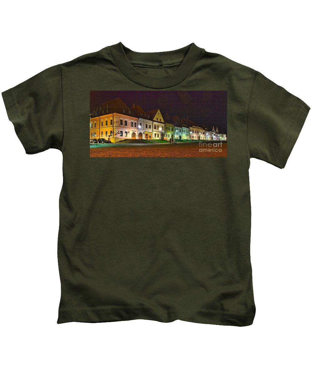 Square Kids T-Shirt featuring the photograph Bardejov At Night by Les Palenik