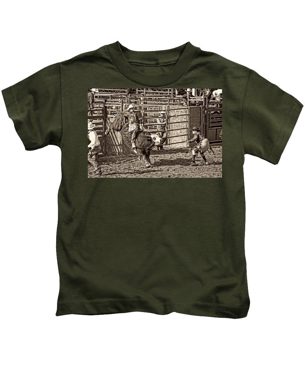 Bullriding Kids T-Shirt featuring the photograph Ole Whitey by Alice Gipson