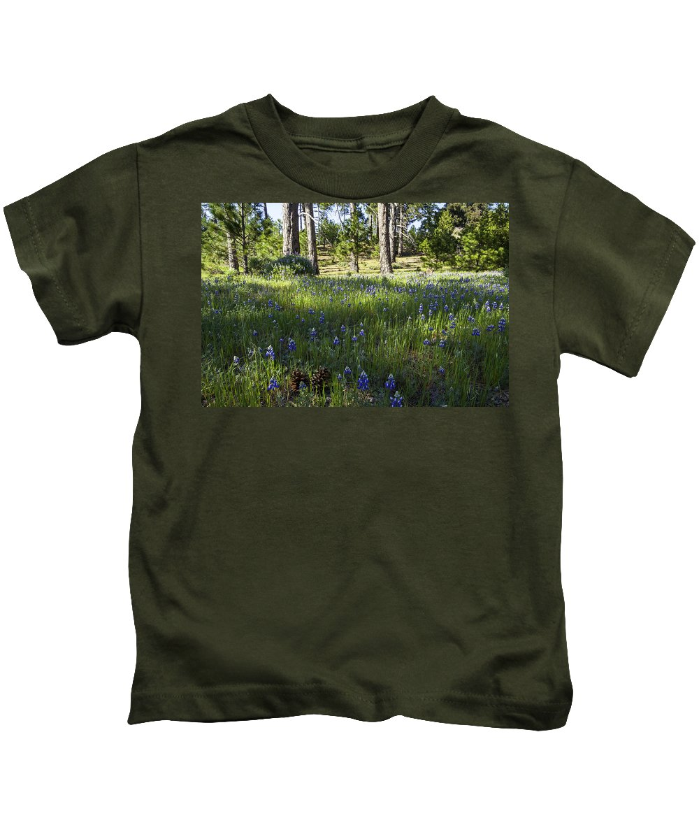 Figueroa Mountain Kids T-Shirt featuring the photograph Simple Pleasures by Lynn Bauer