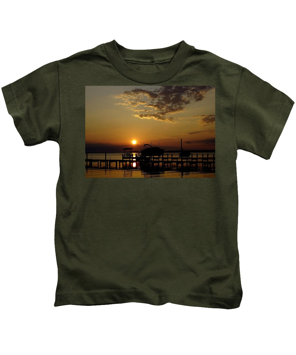 Obx Kids T-Shirt featuring the photograph An Outer Banks Of North Carolina Sunset by Richard Rosenshein