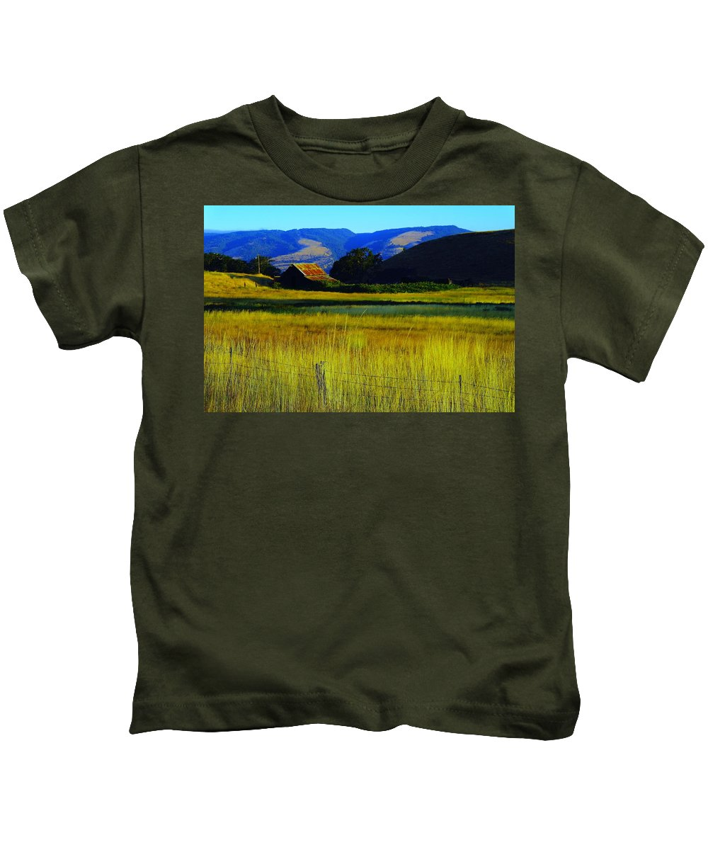 Barn Kids T-Shirt featuring the photograph A Barn And Field In The Morning by Jeff Swan