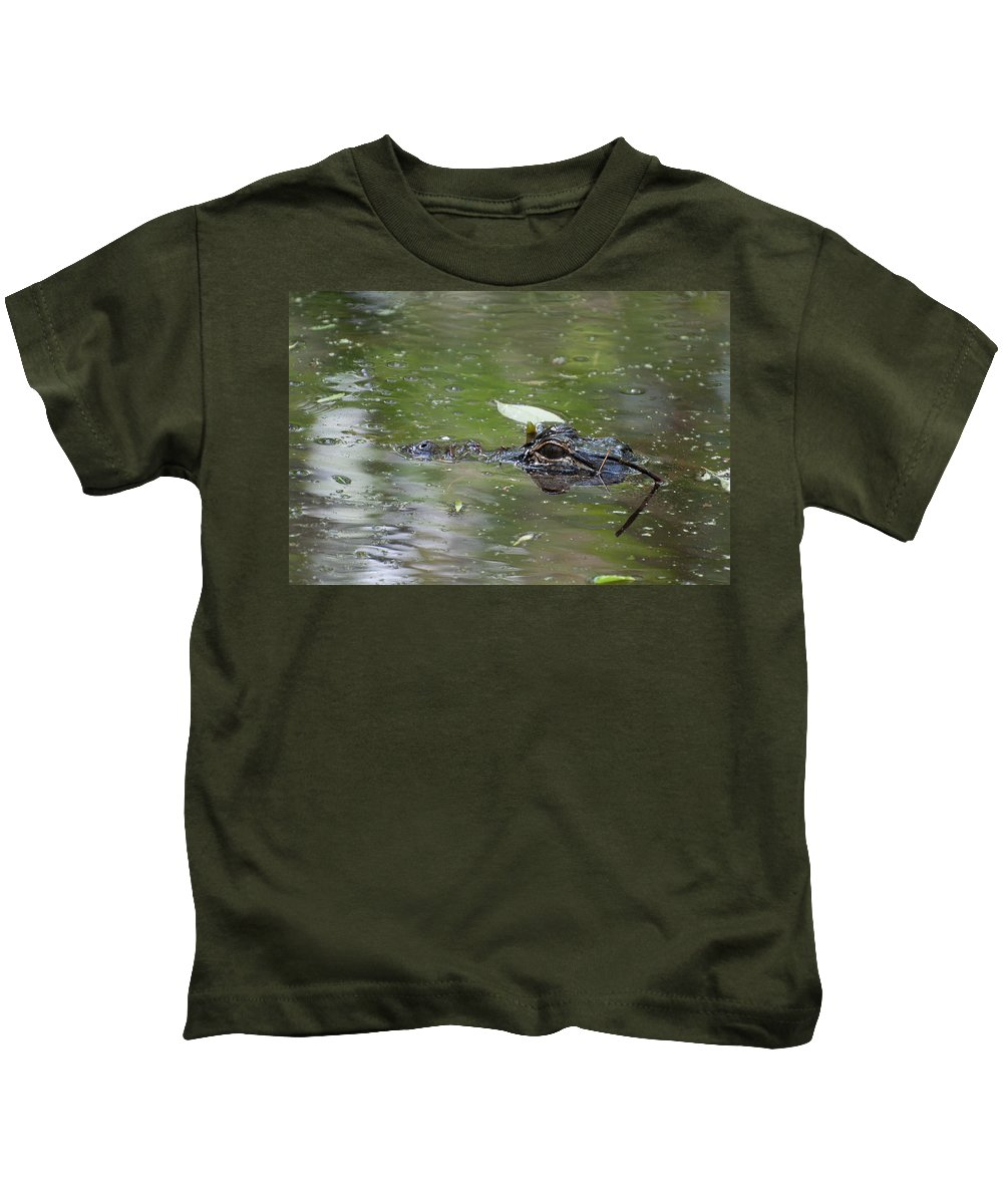 American Kids T-Shirt featuring the photograph Alligator by Photos By Cassandra