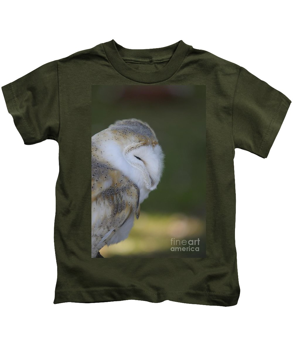 Barn Owl Kids T-Shirt featuring the photograph Barn Owl by Jenny Potter