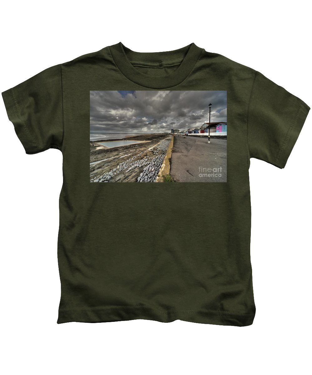 Westward Kids T-Shirt featuring the photograph Beach At Westward Ho by Rob Hawkins