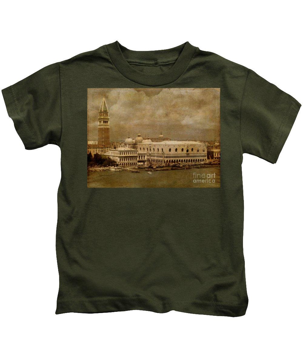 Venice Kids T-Shirt featuring the photograph Bellissima Venezia by Lois Bryan