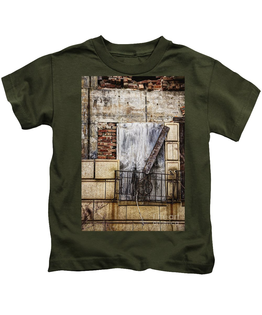 Window Kids T-Shirt featuring the photograph Boards by Margie Hurwich