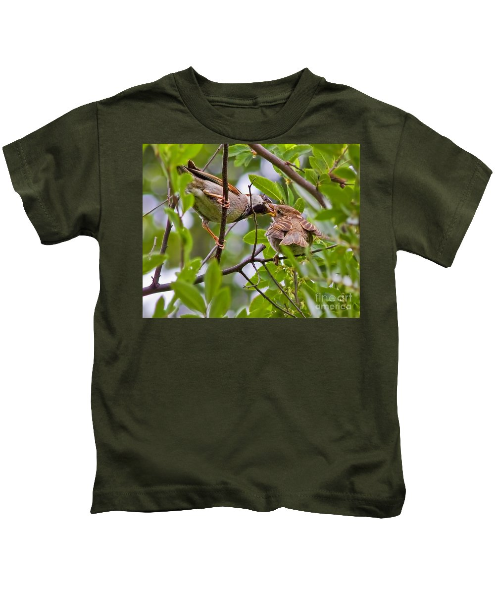 Breakfast For Junior Kids T-Shirt featuring the photograph Breakfast For Junior by Gary Holmes